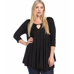 Keyhole Front and Back Soft, Flowy 3/4 Sleeve Top
