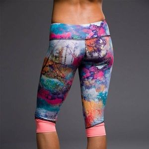 Onzie Yoga Fantasy/Sunset Cycle Crop Leggings