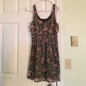 Wet Seal Dresses & Skirts - Floral lace dress