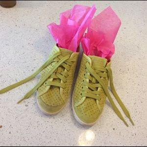 Camper Shoes - Camper Alicante Chartreuse Green Suede Shoes SZ 8