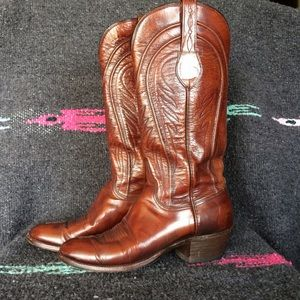 Lucchese Shoes - Women's Brown Leather Lucchese Boots - 7.5AA