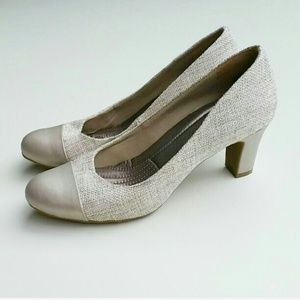 Easy Spirit Shoes - Easy Spirit shoes size 6