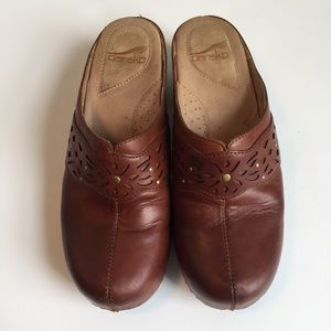Dansko Shoes - DANSKO 🍎 gorgeous leather cutout swedish clogs
