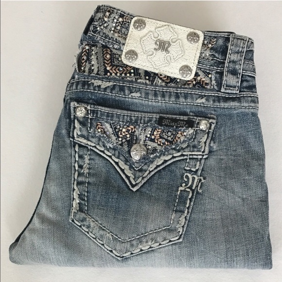 Let dnxvvyut.ml be your destination for Miss Me Juniors' jeans and denim. Shop all the latest trends including deconstructed jeans, skinny jeans, bootcut jeans and more!