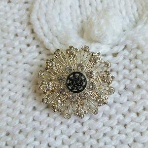 Avon Jewelry - Avon brooch, silver tone snowflake