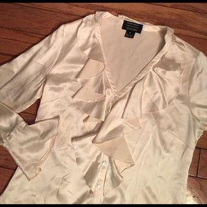 Ellen Tracy Tops - Ellen Tracy silk blouse