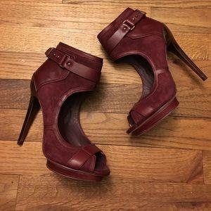 Bcbgmaxazria burgundy open toe booties