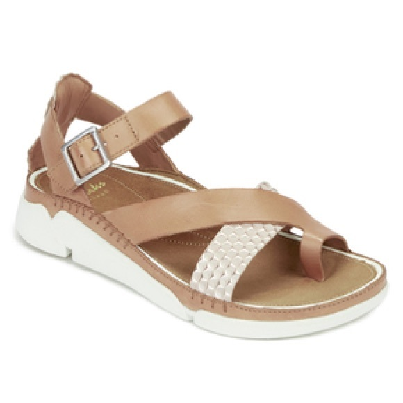 4533ea1bef7f 🆕Clarks Women s Tri Ariana Leather Strappy Sandal