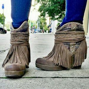 naughty monkey Shoes - Fringed Suede Boho Wedged Booties NIB 7.5, 8, 8.5