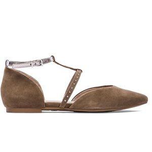 "Seychelles Shoes - Seychelles ""uncovered"" flats"
