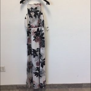 Finders Keepers Floral Maxi dress size XS new