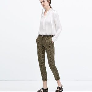 ZARA Woman Green Cropped Printed Trousers