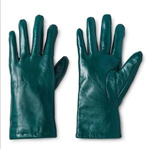3M Thinsulate Accessories - NWT Green woman leather gloves