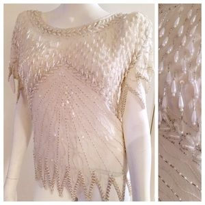 🎈Vintage Heavily Beaded White Top, Collectors