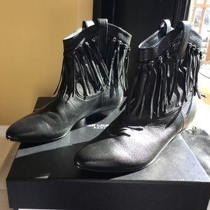 Saint Laurent Shoes - Saint Laurent Titi fringed leather boot