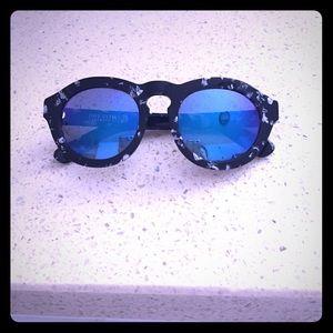 Diff eyewear Accessories - diff DIME sunglasses back/white frames, blue lense