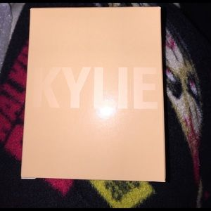 Kylie Cosmetics Other - On hand!!! Salted Carmel Kylighter