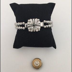 Jewelry - Stretch Bracelet With Snap Charms New