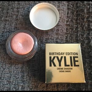 Kylie Cosmetics Other - HP! KYLIE BIRTHDAY EDITION Rose Gold Creme shadow