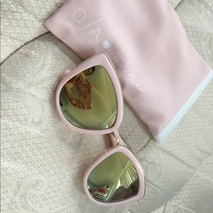 Too Faced Accessories - Too Faced Sunglasses (NEW)