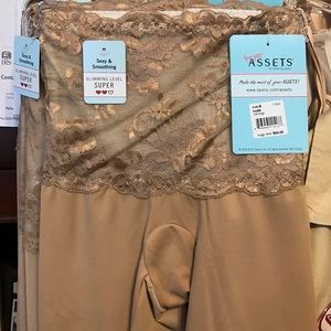 ASSETS by Sara Blakely Other - Spanx, Love Your Assets midthigh 1155a shaper nude