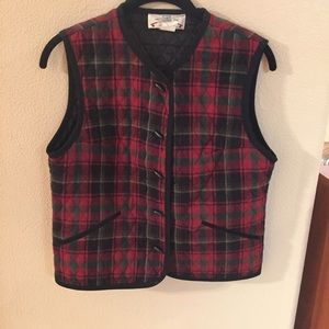 Orvis Other - Orvis quilted plaid vest size small