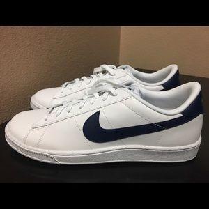 Nike Other - Nike Tennis CS