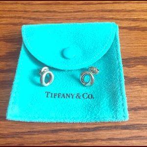 Tiffany & Co. Jewelry - 🎉weekend sale🎉Tiffany O earrings