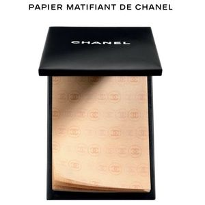 CHANEL Other - HP 🎉 CHANEL OIL CONTROL TISSUES compact in box !