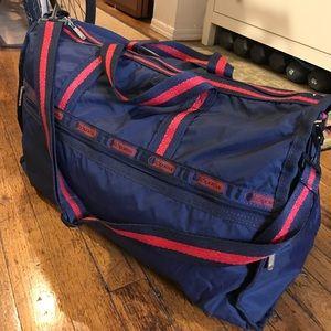 LeSportsac Handbags - LeSportsac Large Weekender Duffel Bag!