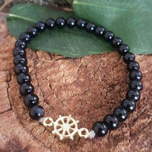 Jewelry - Minimalist dharma wheel  onyx beated bracelet nwt