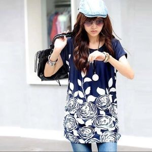 Tops - Gorgeous silky navy white floral tunic