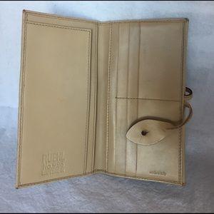 Ruehl light leather wallet
