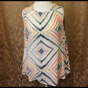 Old Navy geometric pattern loose fit tank