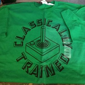 BNWT    CLASSICALLY TRAINED T-SHIRT.    SZ LARGE
