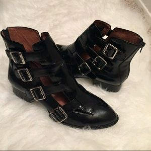 Jeffrey Campbell Shoes - SALE☇Black patent leather Evermore boots / booties