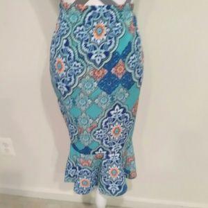 Dresses & Skirts - Plus skirt