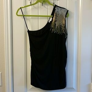 Tops - WDNY One Shoulder Sequined Top