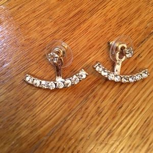Ily Couture Jewelry - Crystal drop earrings