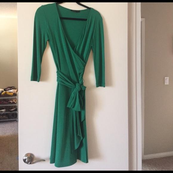 6c182f97f882 BCBGMaxAzria Dresses & Skirts - BCBGMaxAzria emerald green wrap dress medium