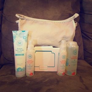 The Honest Company Other - Honest Company Bundle