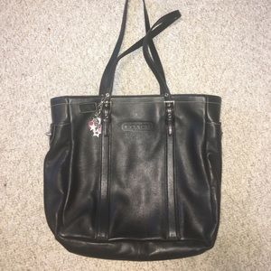 Authentic Coach gallery leather tote