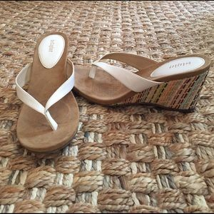 Metaphor Shoes - Wedges