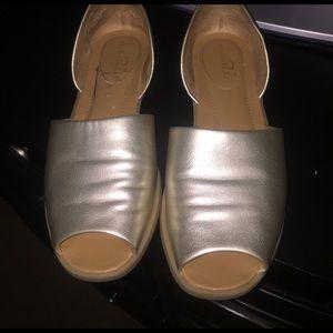 Studio Paolo Shoes - GUC - gold matte flat peep toe sandals