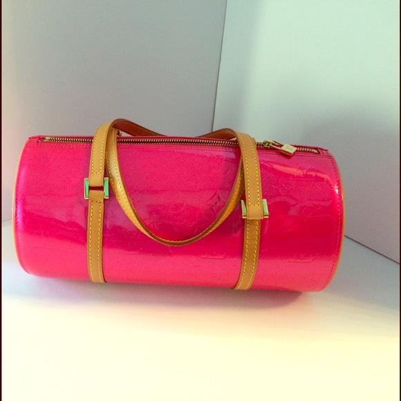 02e938f9a74f Louis Vuitton Handbags - Louis Vuitton Hot Pink Patent Leather Purse!