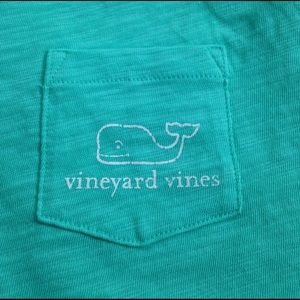 Vineyard Vines Tops - Vineyard Vines tshirt