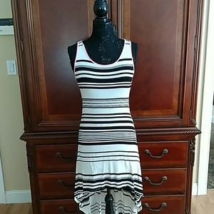 80%20 Dresses & Skirts - Fun and flirty summer sundress
