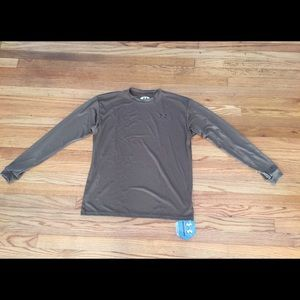 Under Armour Other - NWT Under Armour loose gear shirt in army, Small