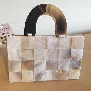 Handbags - NWT Seashell purse
