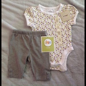 Circo Other - NWT Newborn Girl's Outfit 💗
